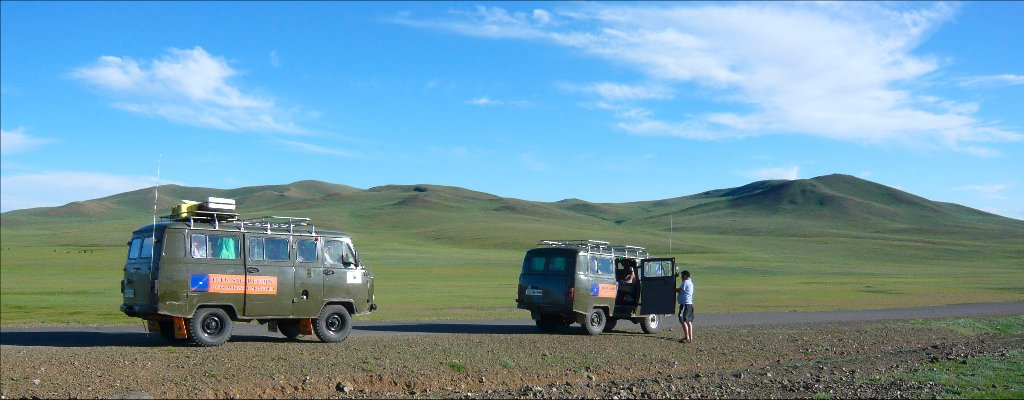 Crossing the steppe with 4x4 minibus